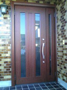 朝から始めて明るい内に完了! ワンディ玄関リフォーム