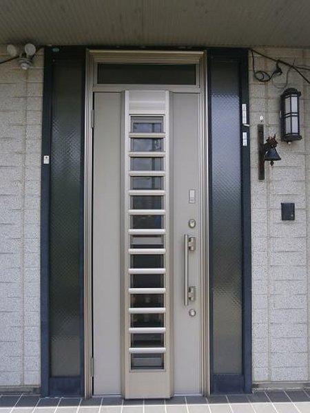 玄関リフォーム施工後の玄関