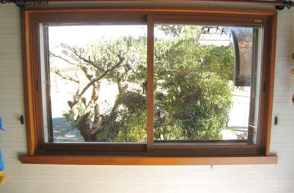 出窓に内窓リフォーム【後】