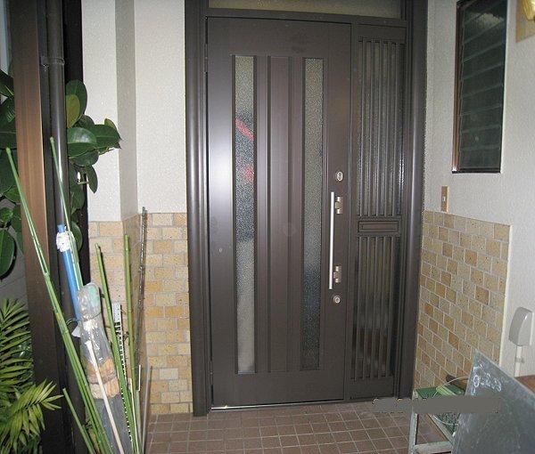 玄関ドアリフォーム【後】