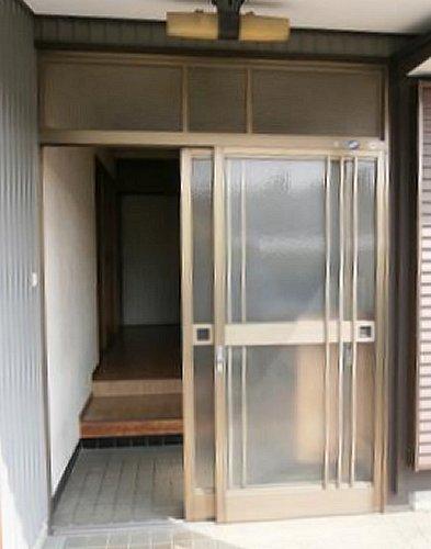 玄関引戸リフォーム【前】