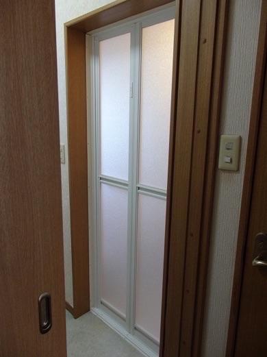 浴室ドアリフォーム【後】