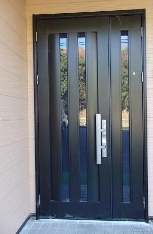 玄関ドアリフォーム 開き戸から引き戸へ交換