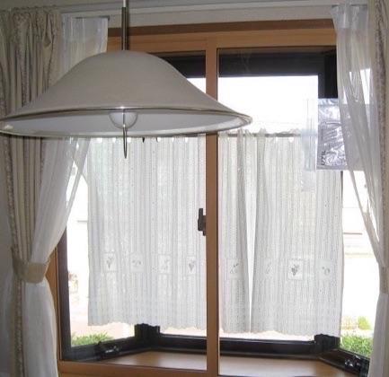 出窓に内窓リフォーム
