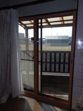 内窓取り付け施工事例 【キッチン掃き出し窓】