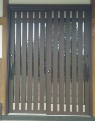 玄関引戸ドア交換リフォーム