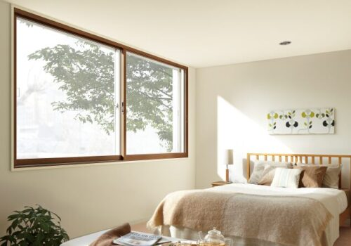 寝室を快適にするリフォーム 窓リフォームとシャッター取り付け